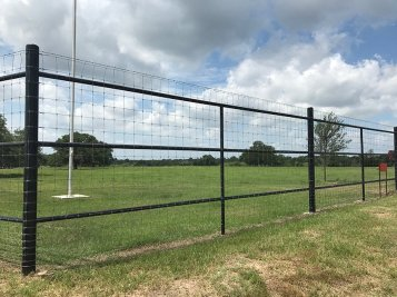 Pipe field fences